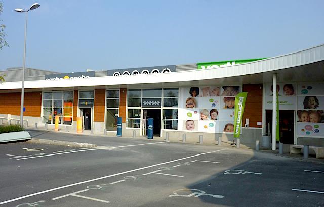 Next nouvelle expansion terrestre next commerce for Vertbaudet la rochelle