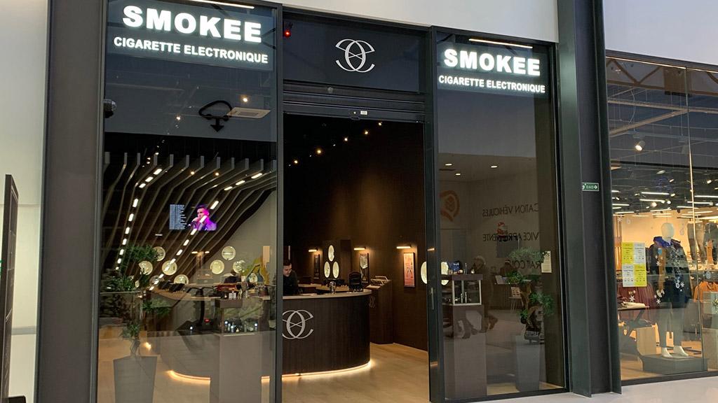 JOUÉ-LÈS-TOURS - SMOKEE
